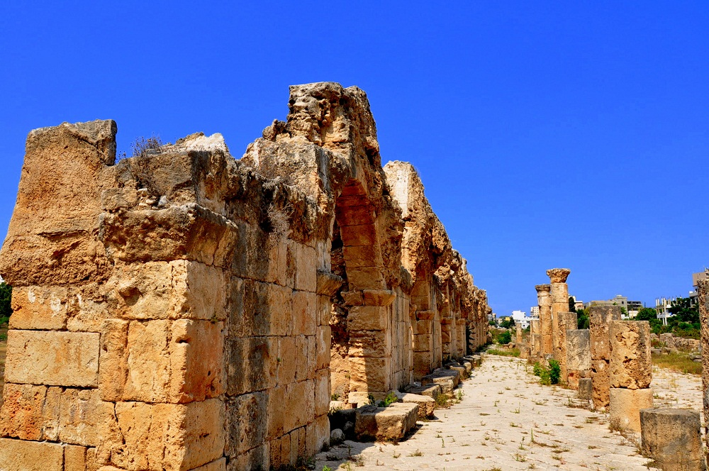 tyre roman aqueduct