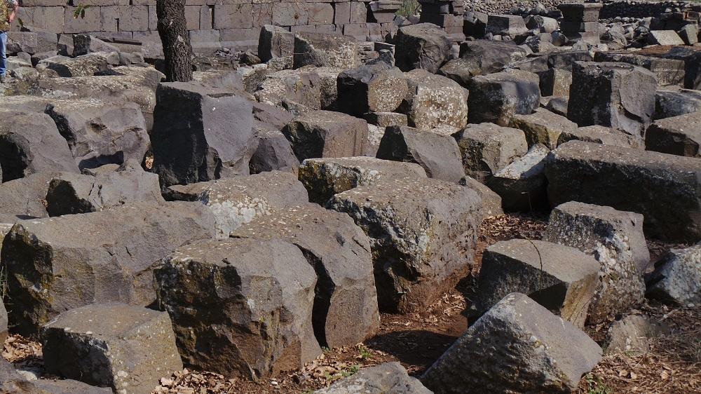 maqam el rab temple,menjez