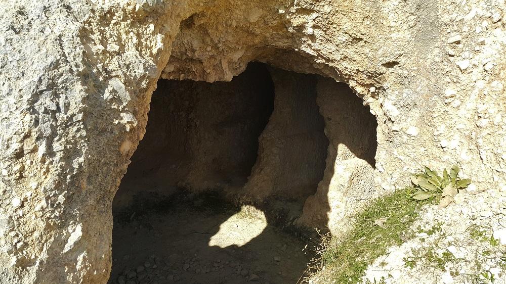 bcharre tomb