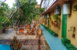 mayouli guesthouse, Batroun