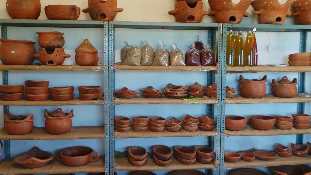 assia pottery