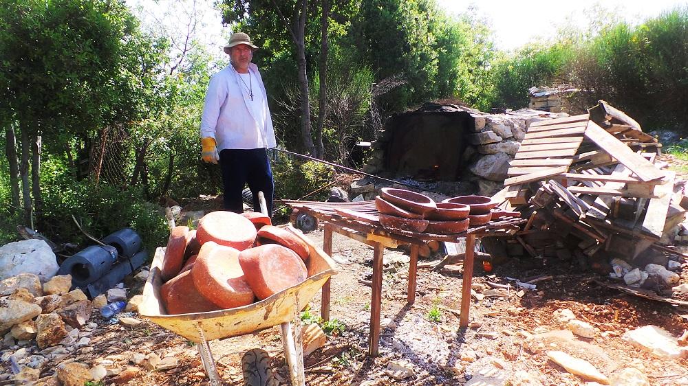 pottery assia